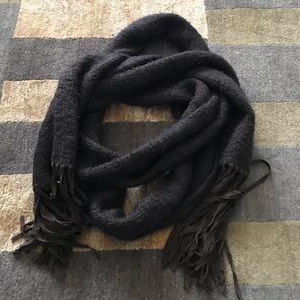 Theory Extra Long Wool Scarf 🧣